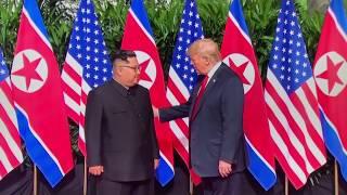 米朝両首脳が歴史的握手