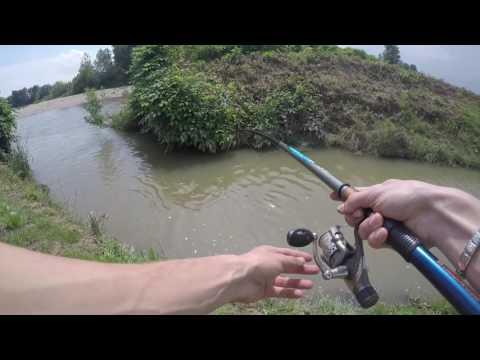 Guardare la pesca invernale di film in linea