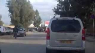 preview picture of video 'Conduite en Algérie - Dépassement dangereux'