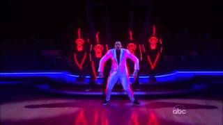 Chris Brown - THE Dancer (HD 720p)