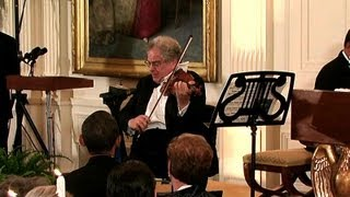 Itzhak Perlman Performs at the White House