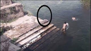 Смотреть онлайн Реальный призрак записан на камеру