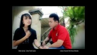 Download lagu Widi Wikan Feat Putu Diari Ngalih Bagia Nepukin Sengsara Mp3