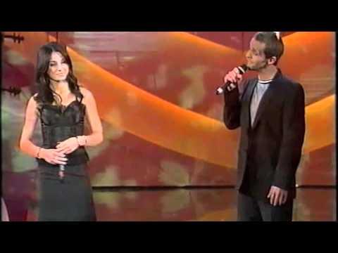 Anna Tatangelo e Federico Stragà   Volere volare   Sanremo 2003