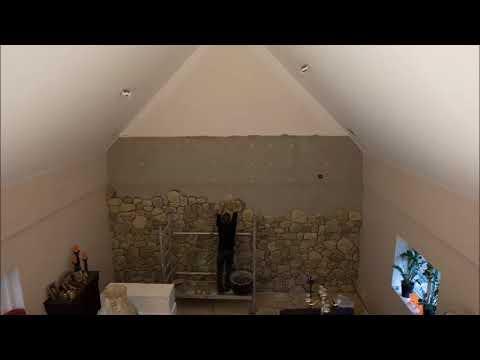 Het maken van een steenstrip muur. Uitgevoerd door Opitek BVBA.