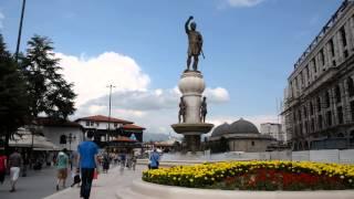 アキーラさん訪問①旧ユーゴスラビア・マケドニア・スコピエ・マケドニア広場とオールドバザールの間・Macedonian-square,Skopje,Macedonia