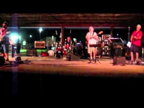 Born Free - Mud Dog's Electric Brew 7-4-12