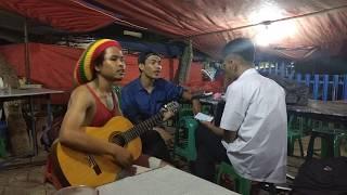 Gambar cover Beginilah lagu Padang dinyanyikan orang Batak.. #Nongkrong 08