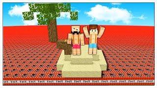 SI PUÒ SOPRAVVIVERE IN UN MARE DI TNT? - Minecraft ITA