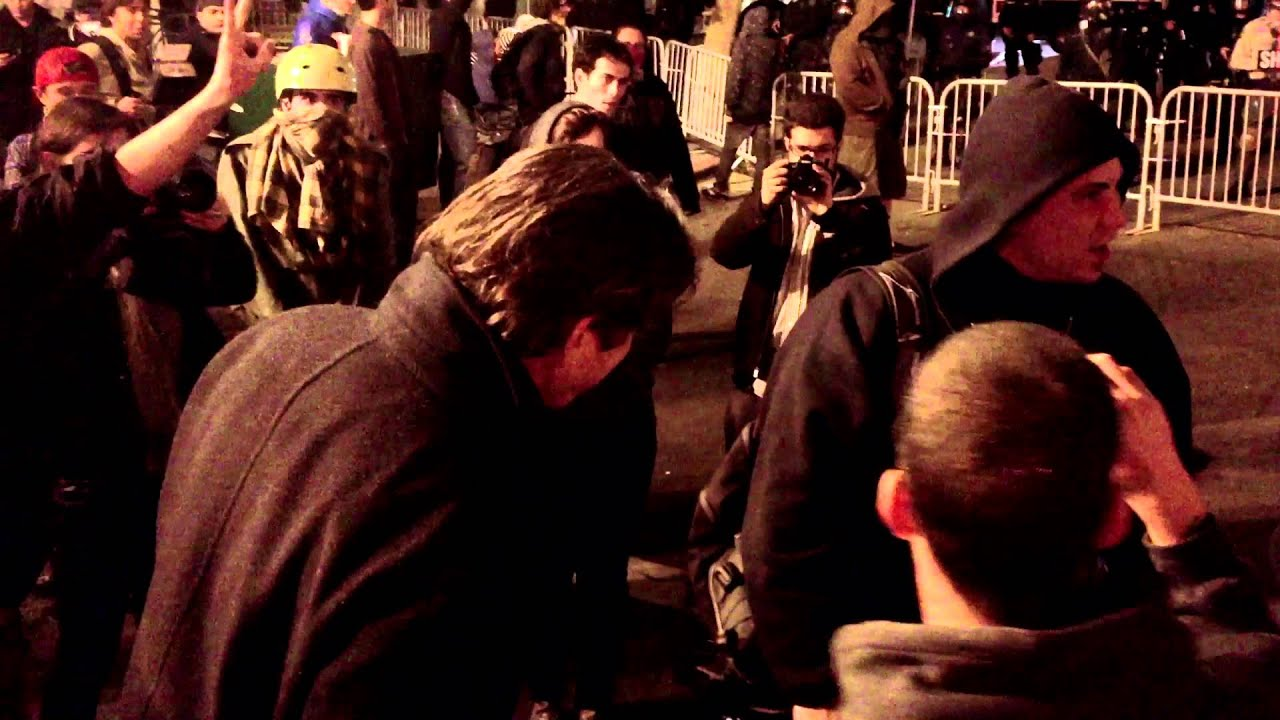 Occupy Oakland 10/25: Night of Chaos thumbnail