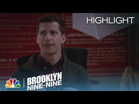 Brooklyn Nine-Nine 3.10 (Clip 'Assessing The Situation')