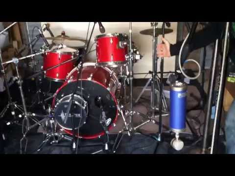How To Set Up Mics For Recording a Drum Kit