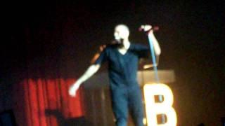 Chris Brown @ The Fillmore-Picks up a Bra