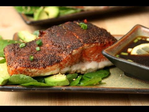 Pepper Crusted Salmon with Wasabi-Lemon Dipping Sauce