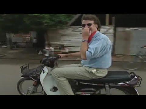 Mopeds in Vietnam | Jeremy Clarkson's Motorworld | BBC autos