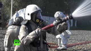Сотрудники МЧС ликвидируют крупные аварии в рамках учений