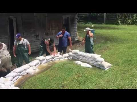 Tropical Storm Cindy prompts sandbagging in Lafitte area