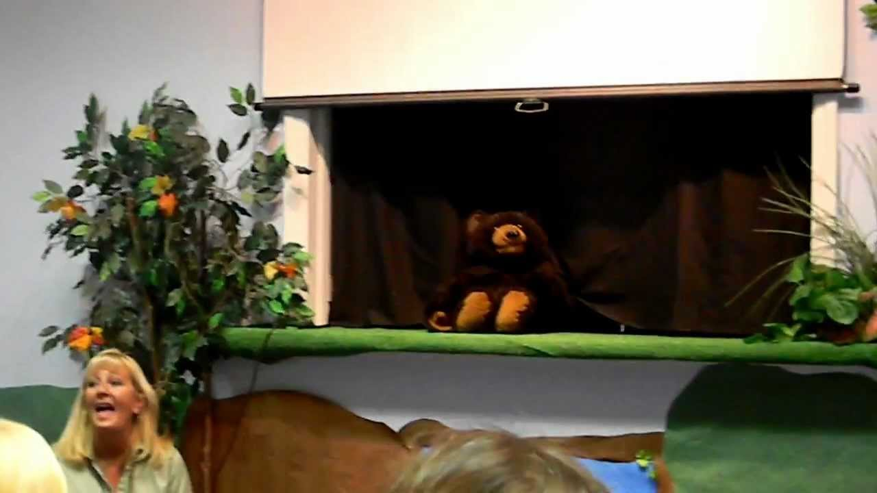 Puppet Show for Kids - Bear Bear What did you see