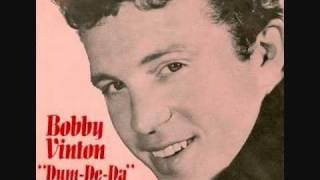 Bobby Vinton - Dum-De-Da (She Understands Me) (1966)