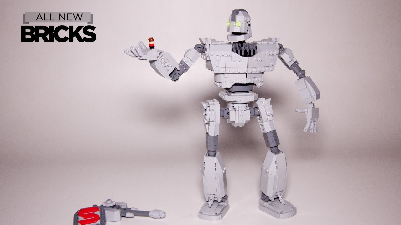 Lego Iron Giant Speed Build by Build Better Bricks