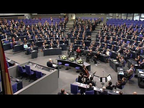 Γερμανία: H Βουλή τιμάει τη «Νύχτα των Κρυστάλλων»