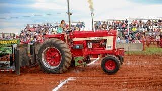 Ladies of Tractor Pulling Volume 1