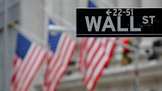 DOW JONES INDUSTRIAL AVERAGE Trump revê lei que regulamenta Wall Street - economy