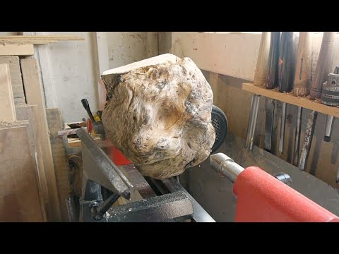 Woodturning a bowl from a silver birch burl.