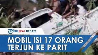 Mobil Pikap Berisi 17 Orang Tabrak Pembatas Jalan di Tegal dan Terjun ke Parit, 2 Orang Tewas