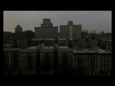 Lights Out! Manhattan Gets Hit by Massive Power Outage, Large Portions of NYC Go Dark!