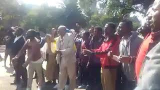 ጥቃት የደረሰባቸው የቡራዩ ከተማ ነዋሪዎች የድረሱልን ጥሪ | Burayu Town residents attacked by mobs – Addis Ababa Ethiopia