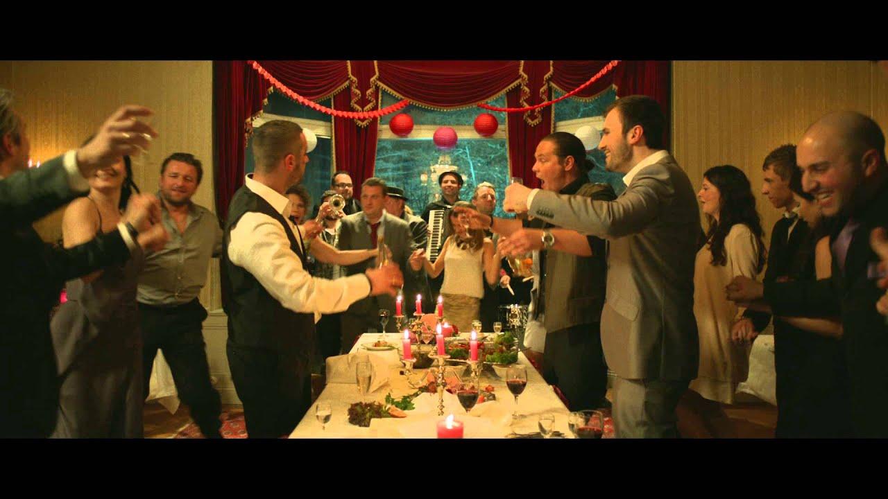 Video trailer för Easy Money: Life Deluxe - Trailer