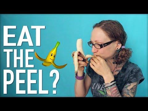 Video Health Benefits of Eating Banana PEELS!