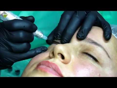 Die französische Kosmetik der Maske für die Person