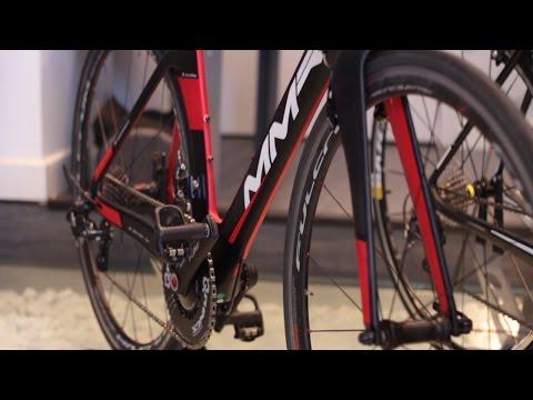 Bici de triatlón vs bici de carretera: ¿para qué sirve cada una?