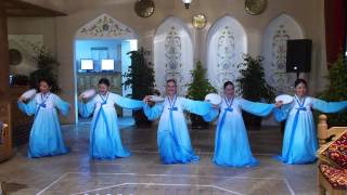 Корейский Танец с бубнами
