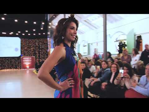 Watch video Fashion Week Madrid 2018 desfile Lady Isabel