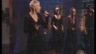 Annie Lennox   Wonderful Live  Tonight Show 27 10 2003