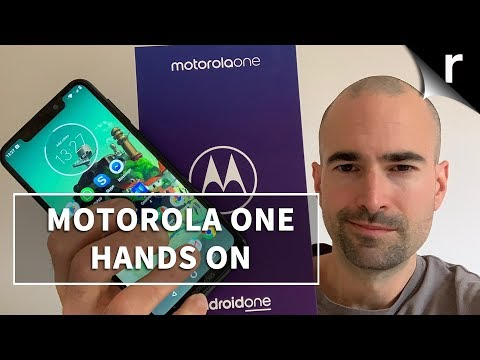 Motorola One Unboxing | Full Android One tour