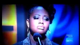 "Lalah Hathaway sings ""A Song For You"" on BET's ""Apollo Live"""
