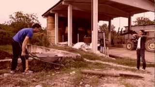 preview picture of video 'Il ragazzo di campagna - una giornata di merda'