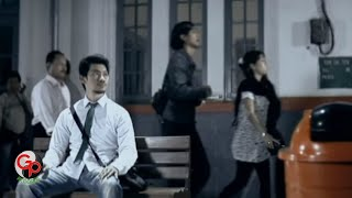 Andra And The Backbone - Tunggu Aku [Official Music Video]