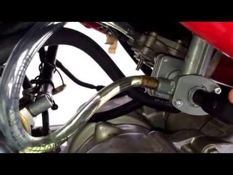 Der Ersatz des Öles lend kruser 100 Benzin