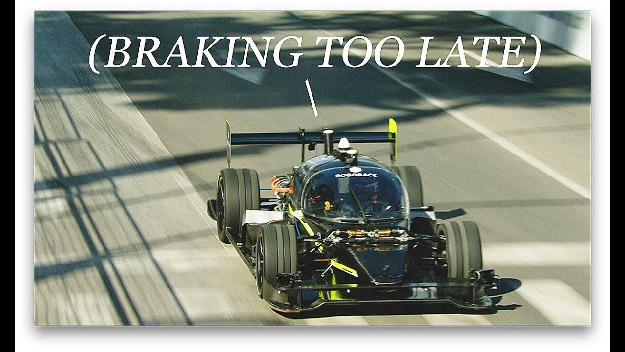 <span>#</span>видео | Кто быстрее? Беспилотный автомобиль или профессиональный автогонщик?