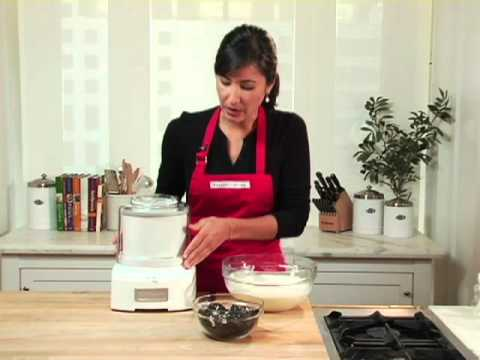 Video Cuisinart Ice Cream Maker with Extra Freezer Bowl