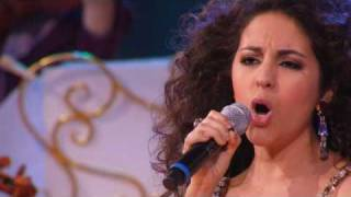 A tribute to Michael Jackson. The Earth Song by Andre Rieu and Carmen Monarcha