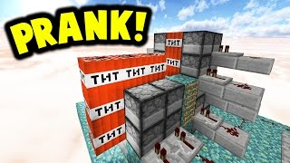NOOB SWAPPED WITH PRO PRANK!! | Minecraft TNT WARS!