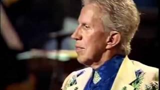 Willie Nelson - 1997 - Funny How Time Slips Away.flv