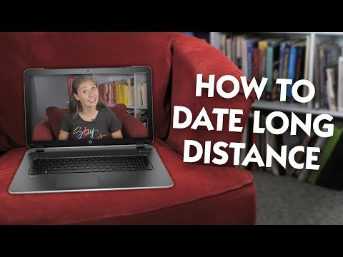 How to Date Long Distance