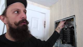How To Wire An Outlet Correctly!!! (11.30.13)